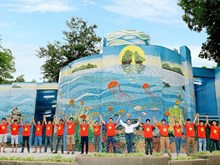 Mirror House in Thong Nhat Park given facelift