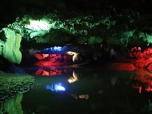 Breathtaking beauty of Thien Ha cave