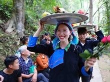 Khau Vai Love Market in Ha Giang