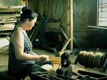 Long Dinh village preserves traditional mat weaving