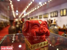 Pottery village makes piggy banks for Tet