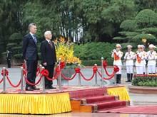 Top Vietnamese leader welcomes Argentine President