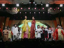 Sixth edition of Ao Dai Festival wraps up