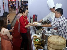 Int'l food festival opens in Da Nang