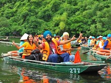 Indian delegation calls at Trang An tourist site