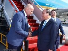 PM Nguyen Xuan Phuc arrives in Papua New Guinea for APEC attendance