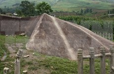 Ancient stones uncovered in Mu Cang Chai