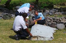 Malaysia: newly-found debris belongs to Boeing 777