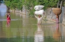 Myanmar: Thousands evacuated as floods rage