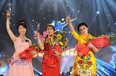 Women dominate singing contest