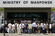 Singapore makes room for foreign manpower