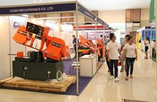 Cambodia kicks off int'l textile, garment industry exhibition