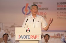 Singaporean PM rejects criticisms from opposition