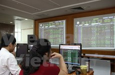 Vietnamese shares mixed ahead of Fed