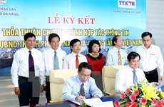 VNA, Da Nang promote communications cooperation