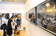 Noted Israeli photographer shows off works in capital