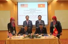 Vietnam, Malaysia ink new aviation deal