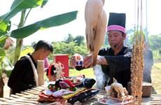 Kho Mu people perform traditional rain ritual
