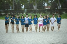 Barefoot athletes to run on My Khe beach