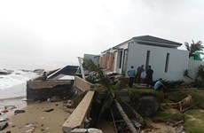 Big waves destroy beach in central province