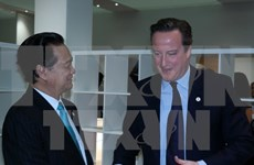 Prime Minister meets with foreign leaders on sidelines of COP21