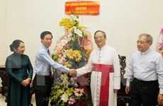 Officials share in Christmas joy