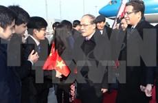 Top legislator meets with overseas Vietnamese in China