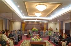 Hoa Binh, Laos's Houaphane province step up friendship relations