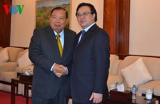 Party chief's special envoy reiterates stronger ties with Laos