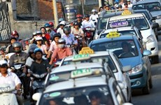 Ministry urges transport firms to slash their rates