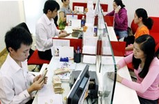 SBV asks lenders to back policies to control inflation, boost growth