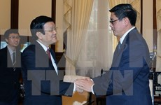President Sang greets outgoing Singaporean Ambassador