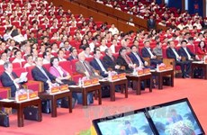 Key officials study 12th Party Congress Resolution