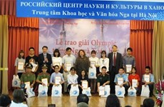 Russia honours Vietnamese Olympiad winners