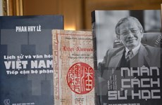 Historian Phan Huy Le honoured by French school