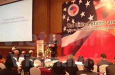 Vietnamese, US businessmen meet in Hanoi, talk about TPP