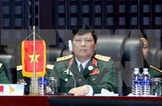 ASEAN, Chinese defence ministers meet in Laos