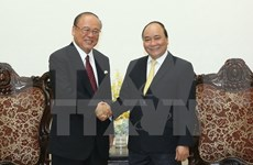 PM praises ties with Japan, new Vietnam-Japan University