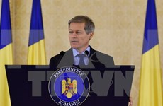 Romanian Prime Minister starts official visit to Vietnam