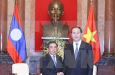 President receives Lao Vice President