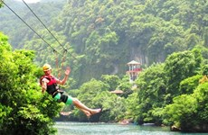 Gov't to aid tourism recovery in central Vietnam