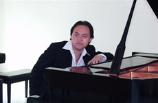 Vietnamese talented pianist to perform at Toyota concert