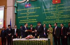 Vietnam, Cambodia to build model border market