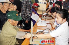 Free health check-ups for poor people in Ha Tinh