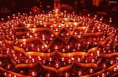 India's Diwali festival lights up Hanoi