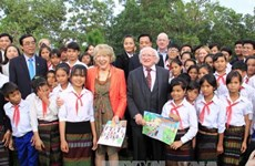 Irish President visits Quang Tri province