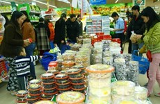 Vietnamese goods fair opens in Hanoi