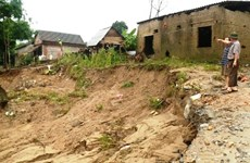 Riverbank erosion threatens lives in central region