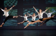Battery Dance Company to perform, hold workshops