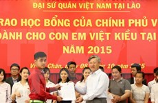 Vietnamese Gov't scholarships granted to OV students in Laos